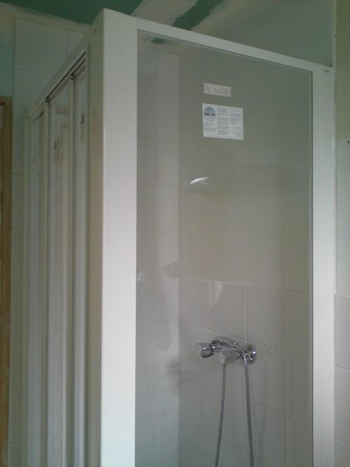 Comment nettoyer une salle de bains nettoyage ecologique for Nettoyage salle de bain vinaigre blanc