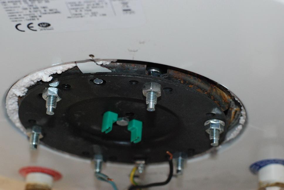 demontage resistance boulon central coinc entre 2 fiches page 1 productions d 39 eau chaude. Black Bedroom Furniture Sets. Home Design Ideas