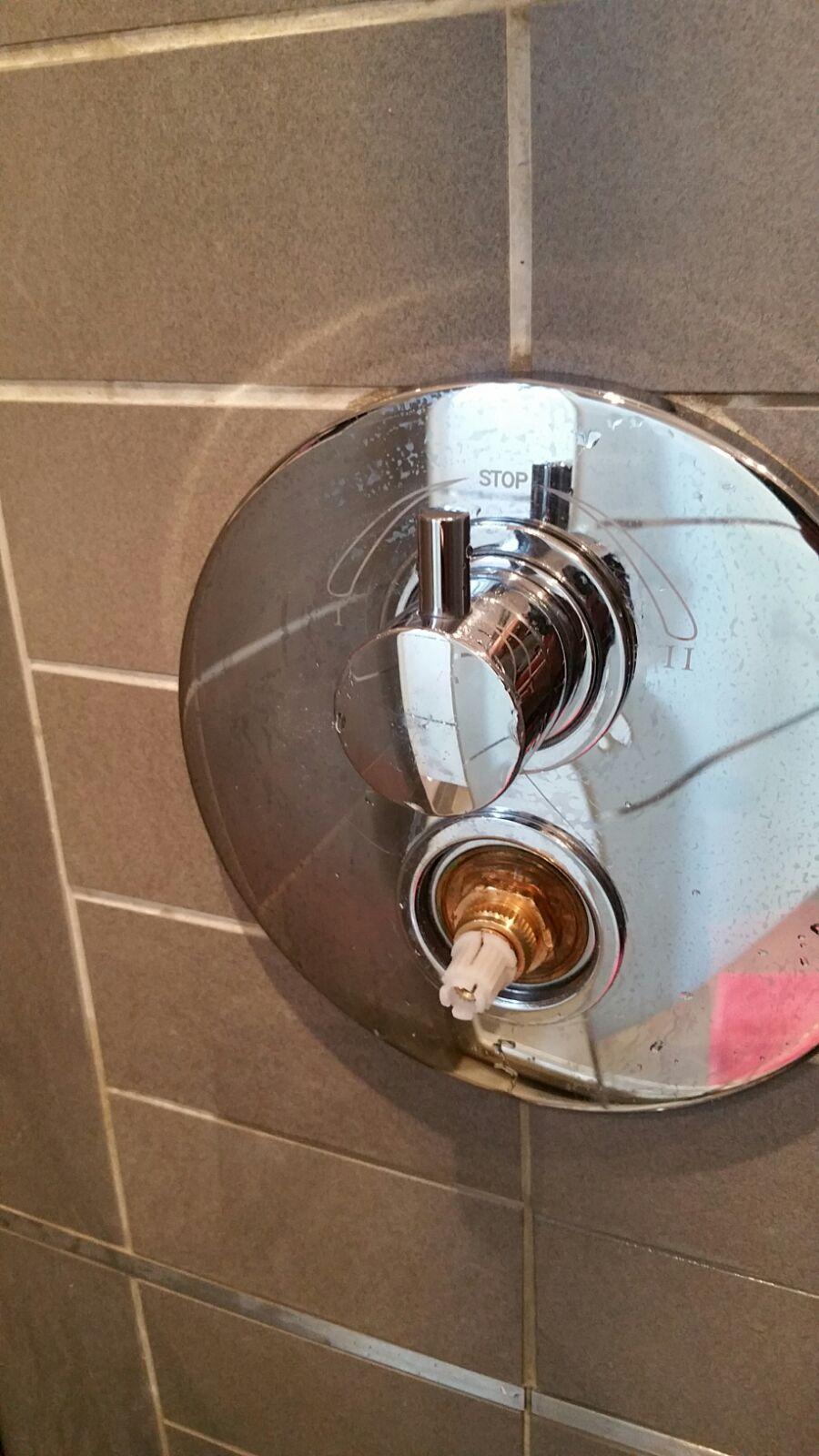 Remplacement Cartouche Thermostatique Sur Robinet Encastre Lapeyre Page 1 Depannages Et Systeme D Mecanique Maison Plombiers Reunis